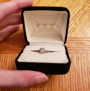 Kay's promise/engagement ring